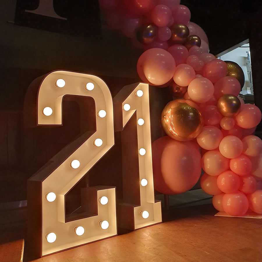 21 light up letters